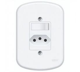 1 Interruptor Simples e 1 Tomada  Fame 2P+T 10A/250V 1357