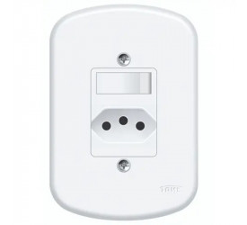 1 Interruptor Simples e 1 Tomada Fame 2P+T 20A/250V 1358